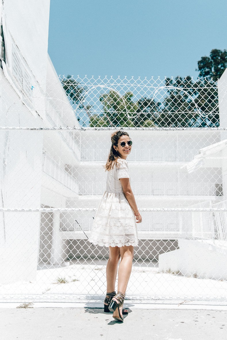 Sunset_Pacific_Motel-Los_Angeles-Vincent_Lamouroux-White_Washed-Chicwish-White_Dress-Isabel_Marant_Sandals-Tita_Madrid_Bag-Outfit-Collage_Vintage-27
