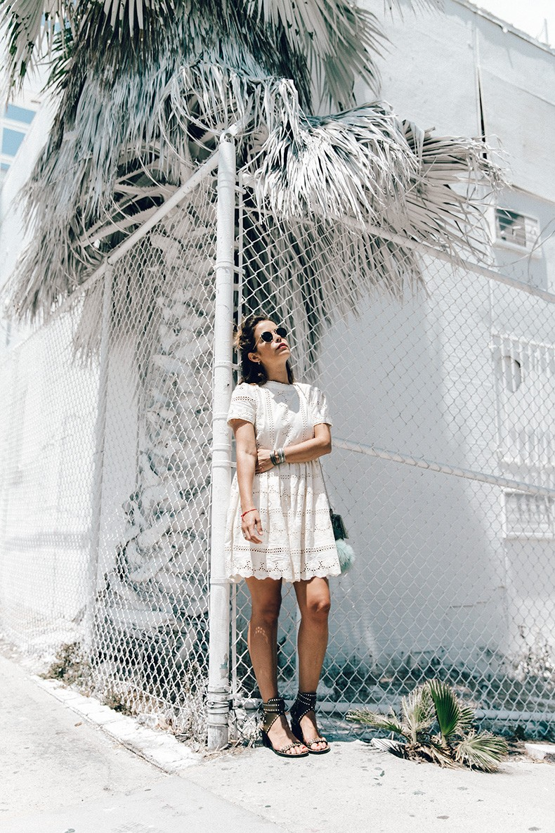 Sunset_Pacific_Motel-Los_Angeles-Vincent_Lamouroux-White_Washed-Chicwish-White_Dress-Isabel_Marant_Sandals-Tita_Madrid_Bag-Outfit-Collage_Vintage-3