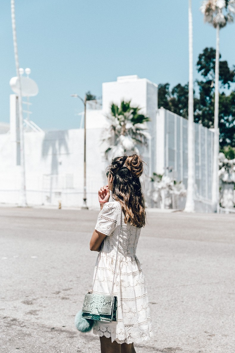 Sunset_Pacific_Motel-Los_Angeles-Vincent_Lamouroux-White_Washed-Chicwish-White_Dress-Isabel_Marant_Sandals-Tita_Madrid_Bag-Outfit-Collage_Vintage-57