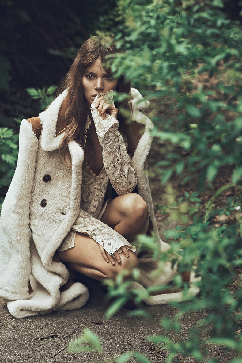 Editorial-Freja_Beha_Erichsen-Lachlan_Bailey-WSJ_Magazine-September-2015-4