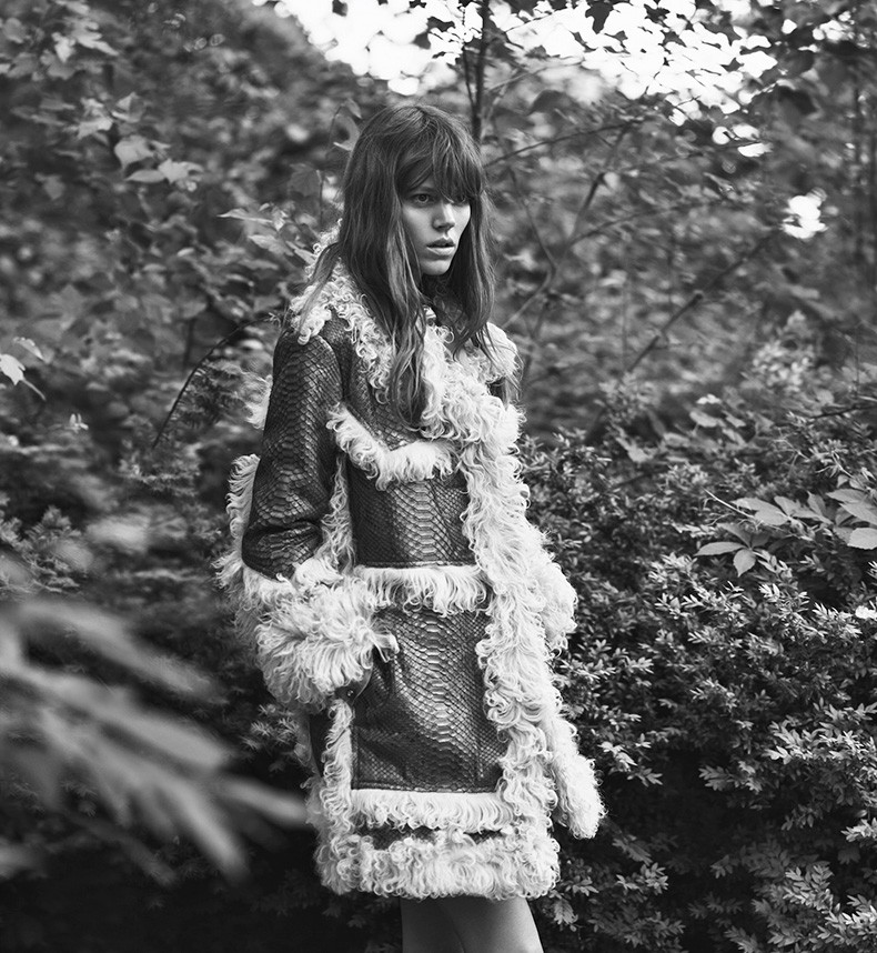Editorial-Freja_Beha_Erichsen-Lachlan_Bailey-WSJ_Magazine-September-2015-7