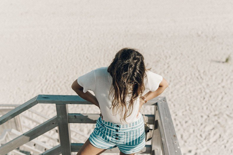 Flying_Point_Beach-The_Hamptons-Striped_Shorts-Saylor_NY-Espadrilles-Beach_Look-Chloe_Girls-Outfit-Revolve_In_The_Hamptons-40