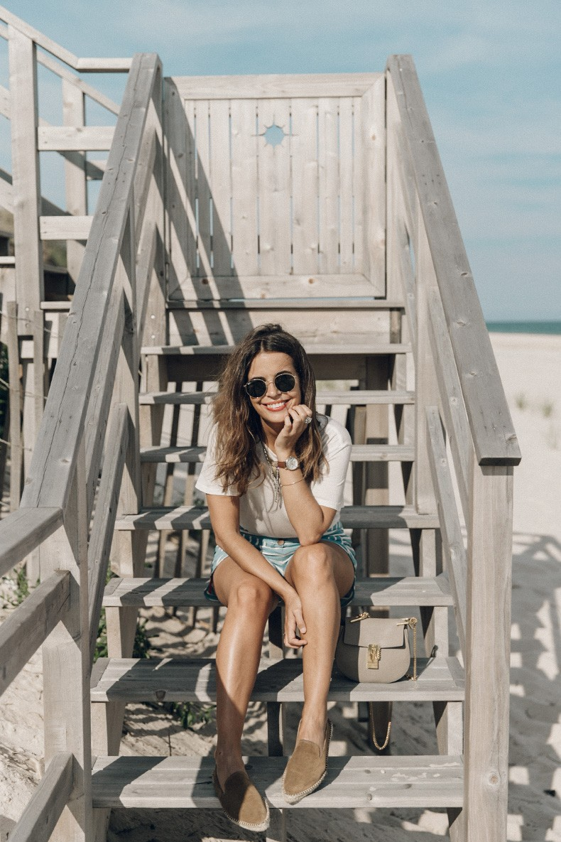 Flying_Point_Beach-The_Hamptons-Striped_Shorts-Saylor_NY-Espadrilles-Beach_Look-Chloe_Girls-Outfit-Revolve_In_The_Hamptons-5
