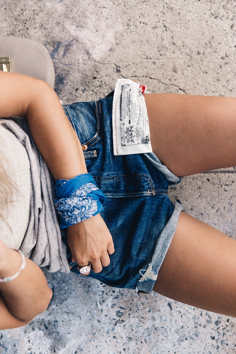 Ladies_In_Levis-Shorts-Meatpacking-Party-New_York-Collage_Vintage-Outfit-10