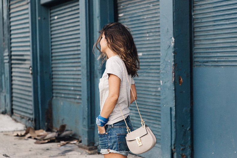 Ladies_In_Levis-Shorts-Meatpacking-Party-New_York-Collage_Vintage-Outfit-13