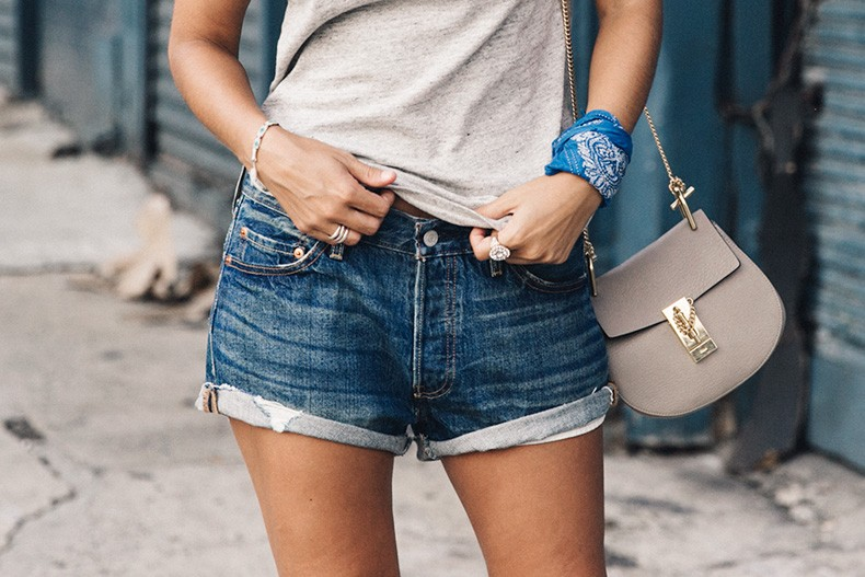 Ladies_In_Levis-Shorts-Meatpacking-Party-New_York-Collage_Vintage-Outfit-18