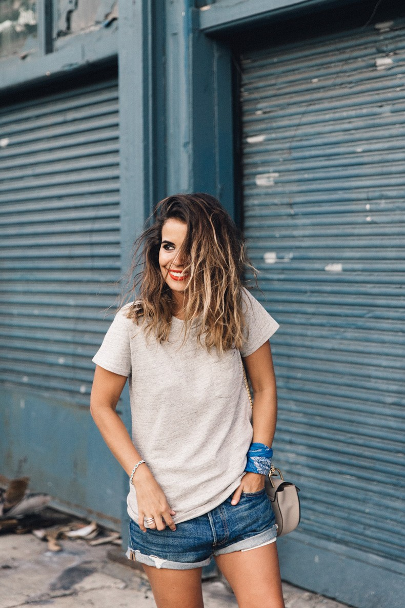 Ladies_In_Levis-Shorts-Meatpacking-Party-New_York-Collage_Vintage-Outfit-25