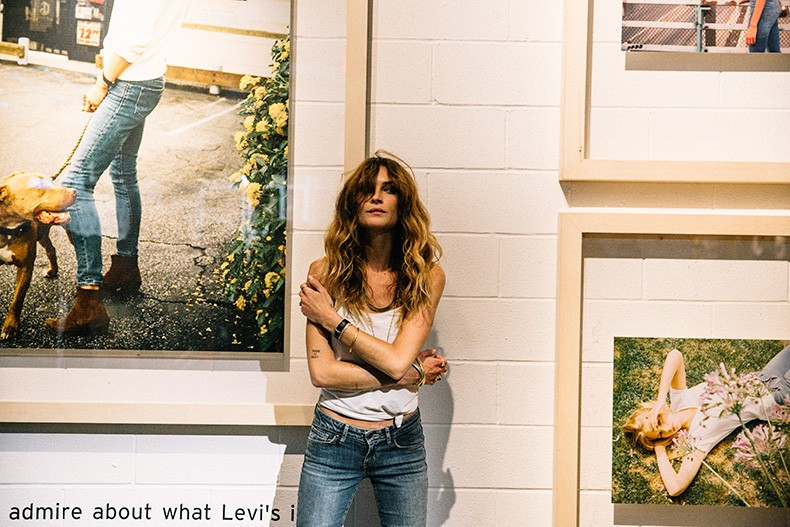 Ladies_In_Levis-Shorts-Meatpacking-Party-New_York-Collage_Vintage-Outfit-45