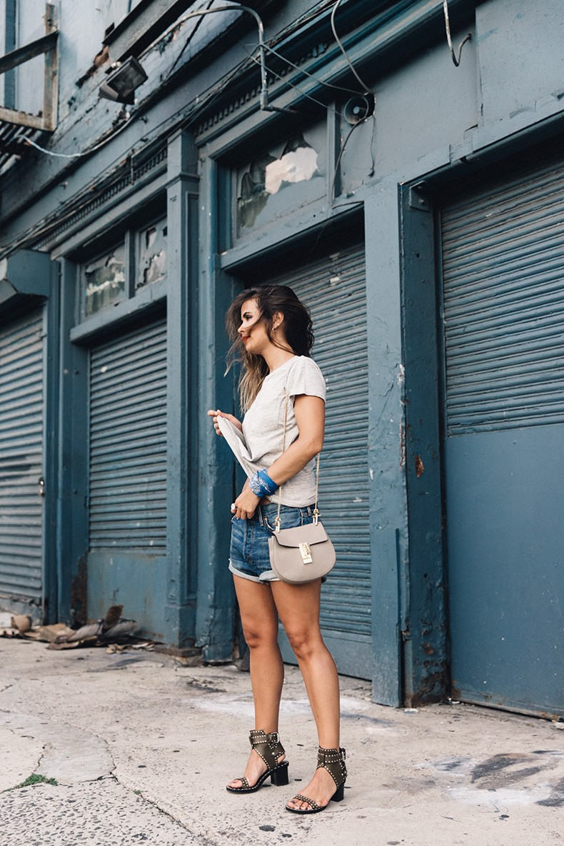 Ladies_In_Levis-Shorts-Meatpacking-Party-New_York-Collage_Vintage-Outfit-6