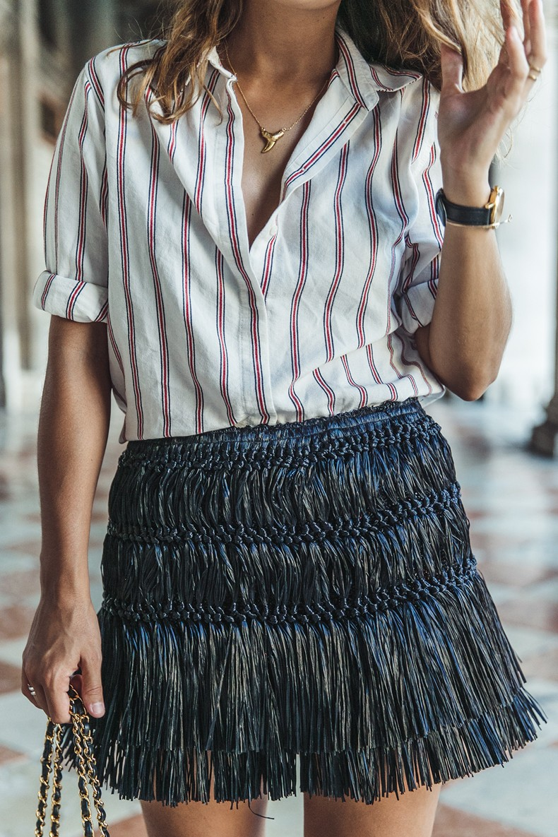 Piazza_San_Marco-Venezia-Collage_On_The_Road-Isabel_Marant_Skirt-Striped_Blouse-Chanel_Vintage_Bag-Outfit-Street_Style-55