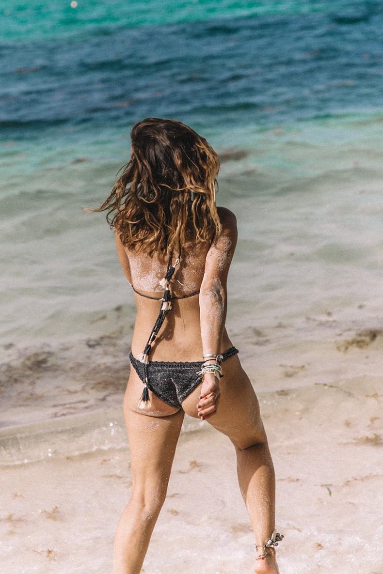 Punta_Cana-Paradise-She_Made_Me-Crochet_Bikini-Straw_Hat-Summer-Swimwear-Bikini-Collage_ON_The_Road-57