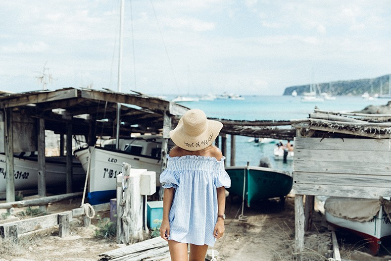 Straw_hat-Reformation-Striped_Dress-Off_The_Shoulders-Castaner_Espadrilles-Summer_look-Formetera-Collage_on_The_Road-1