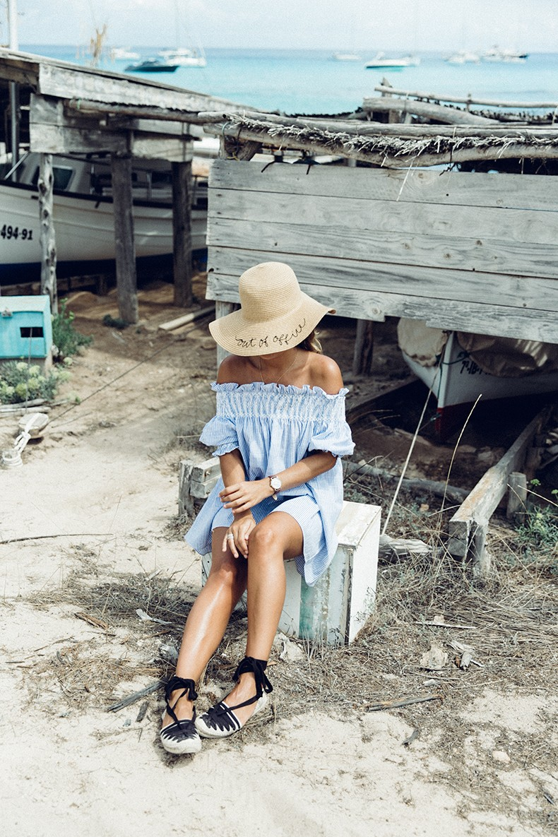 Straw_hat-Reformation-Striped_Dress-Off_The_Shoulders-Castaner_Espadrilles-Summer_look-Formetera-Collage_on_The_Road-28