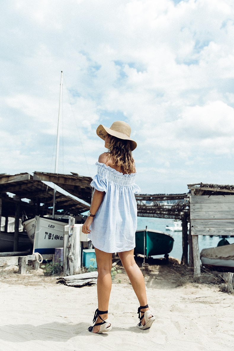 Straw_hat-Reformation-Striped_Dress-Off_The_Shoulders-Castaner_Espadrilles-Summer_look-Formetera-Collage_on_The_Road-5
