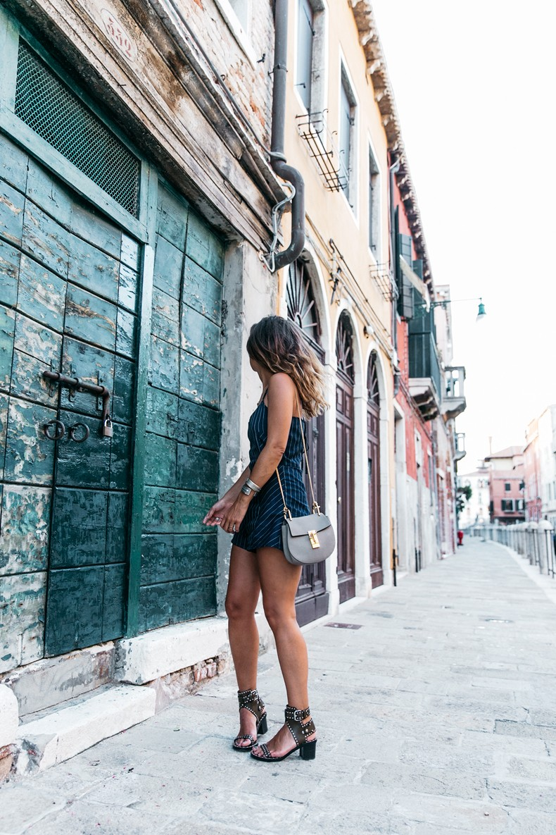 Venezia-Collage_On_The_Road-Striped_Jumpsuit-Isabel_Marant_Sandals-Chloe_Bag-Outfit-Street_Style-88