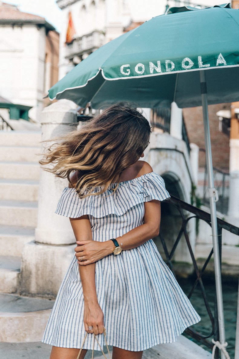 Venezia-Striped_Dress-Off_The_Shoulders-Collage_On_The_Road-Chloe_Bag-Outfit-32