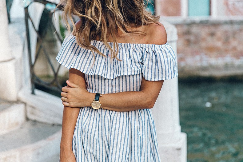 Venezia-Striped_Dress-Off_The_Shoulders-Collage_On_The_Road-Chloe_Bag-Outfit-48
