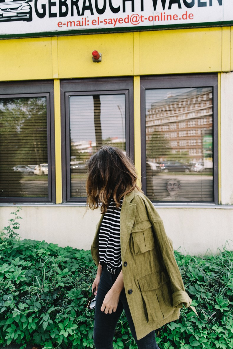 Hamburgo-Parka-Khaki-Striped_Sweater-Black_Jeans-Outfit-Collage_On_The_Road-Street_Style-2
