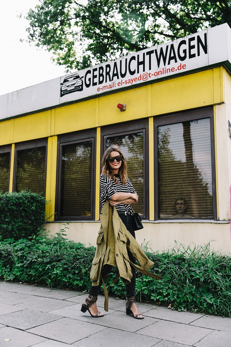 Hamburgo-Parka-Khaki-Striped_Sweater-Black_Jeans-Outfit-Collage_On_The_Road-Street_Style-20
