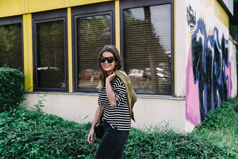 Hamburgo-Parka-Khaki-Striped_Sweater-Black_Jeans-Outfit-Collage_On_The_Road-Street_Style-319