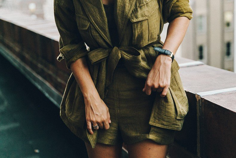Khaki_Outfit-New_York-Where_To_Stay-NH_Hotels-Saint_Laurent_Bag-21