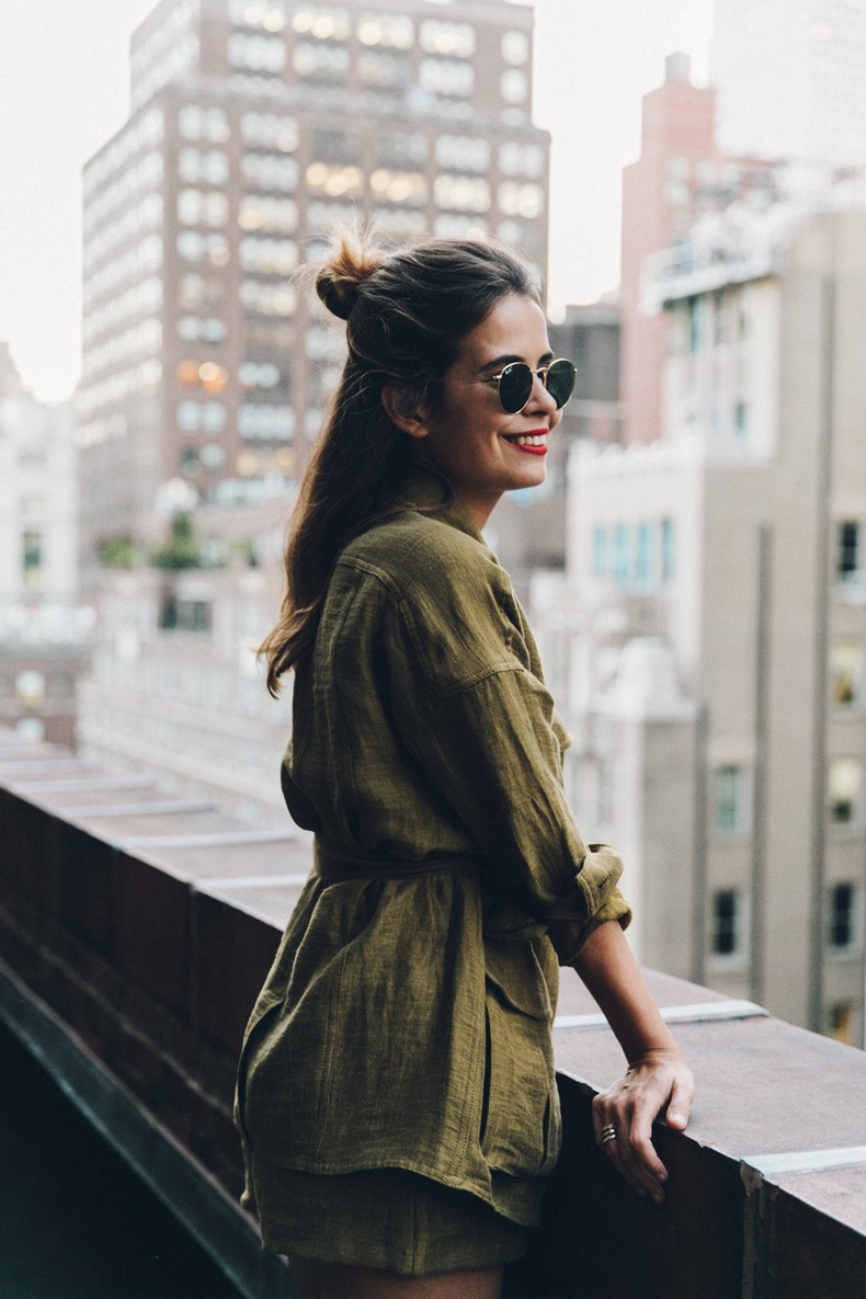 Khaki_Outfit-New_York-Where_To_Stay-NH_Hotels-Saint_Laurent_Bag-45