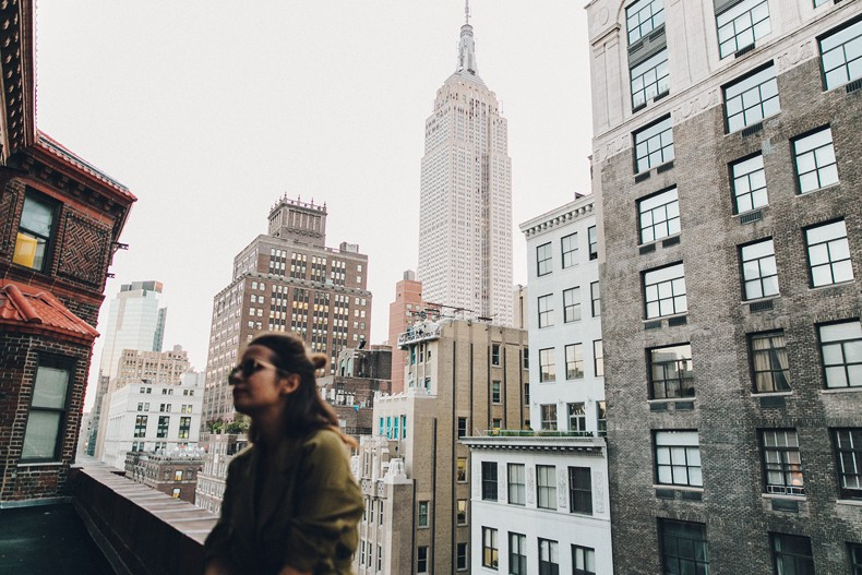 Khaki_Outfit-New_York-Where_To_Stay-NH_Hotels-Saint_Laurent_Bag-7