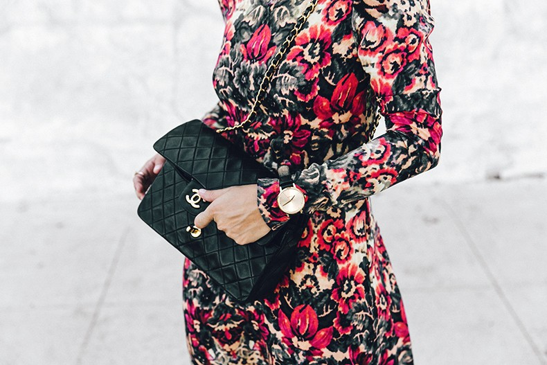 Los_Angeles-Sam_And_Lavi_Dress-Floral_Print-Lace_Up_Sandals-Chanel_Vintage_Bag-Outfit-Street_Style-Collage_Vintage-7