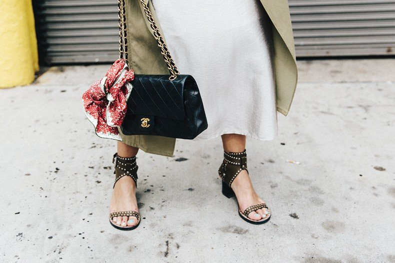 Rebecca_Minkoff-NYFW-New_York_Fashion_Week-Slip_Dress-Long_Trench-Chanel_Vintage-Outfit-Street_Style-1