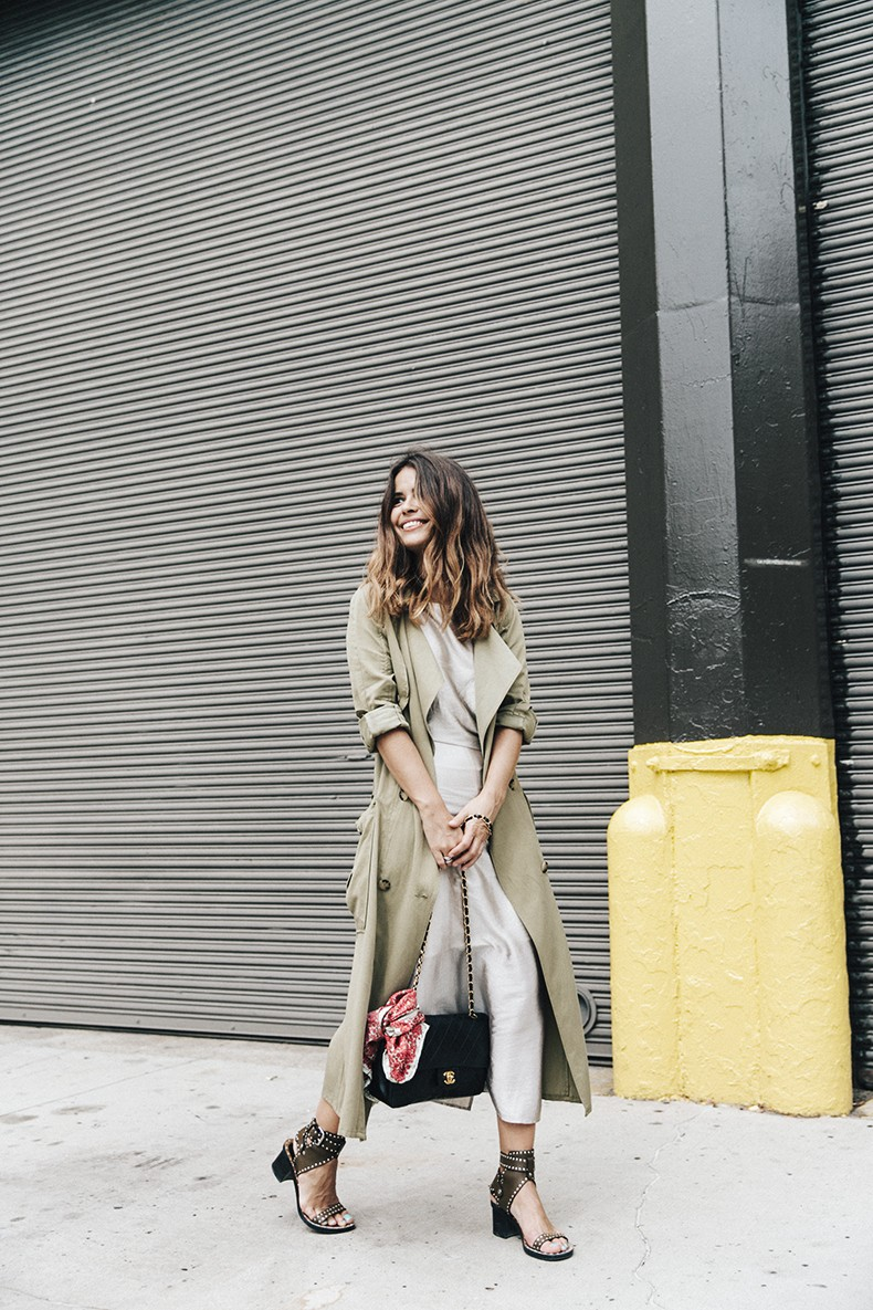 Rebecca_Minkoff-NYFW-New_York_Fashion_Week-Slip_Dress-Long_Trench-Chanel_Vintage-Outfit-Street_Style-15