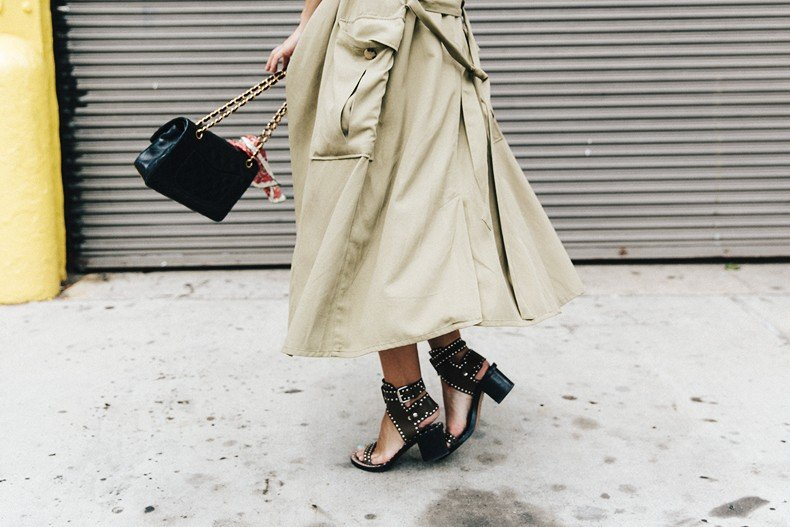 Rebecca_Minkoff-NYFW-New_York_Fashion_Week-Slip_Dress-Long_Trench-Chanel_Vintage-Outfit-Street_Style-20