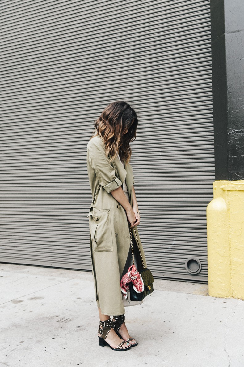 Rebecca_Minkoff-NYFW-New_York_Fashion_Week-Slip_Dress-Long_Trench-Chanel_Vintage-Outfit-Street_Style-25