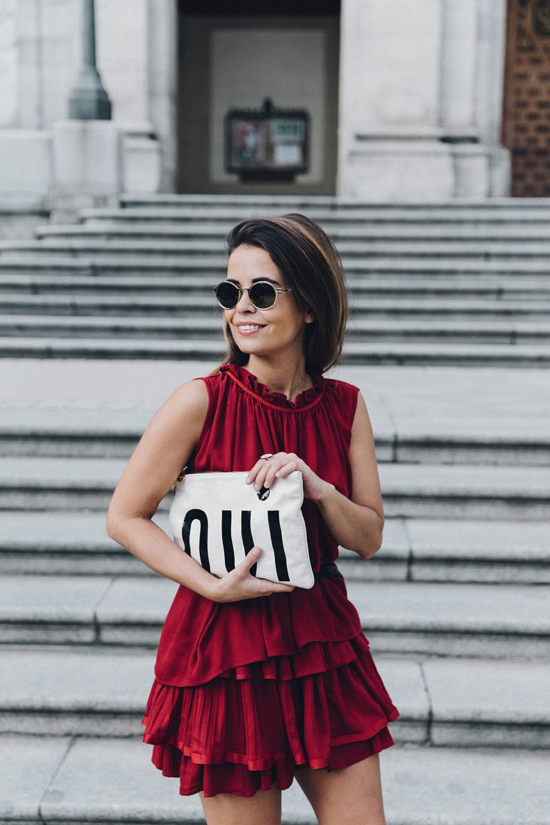 Red_outfit-Ruffle_Skirt-Chicwish-Lace_Up_Sandals-Etnia_Barcelona-Street_Style-Oui_Clare_Vivier-