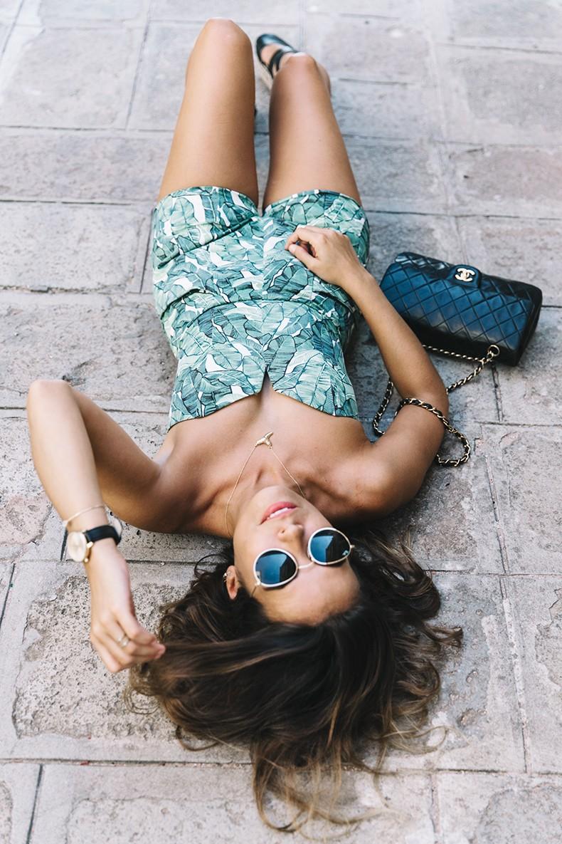 Tropical_Jumpsuit-Espadrilles-Chanel_Vintage_Bag-Outfit-Venezia-Summer-Collage_On_The_Road-