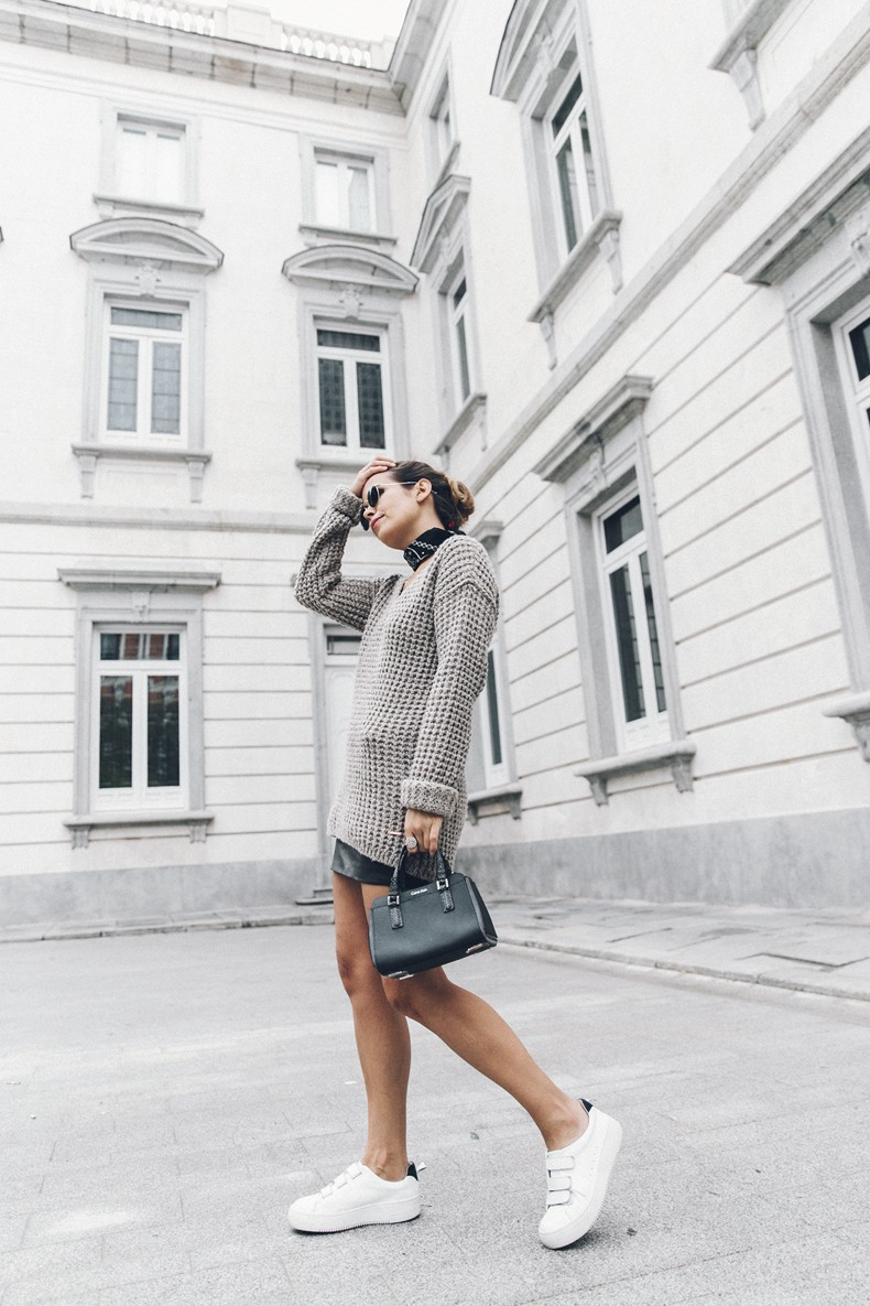 Calvin_Klein_Platinum_Sofie_Bag-Grey_Knit-Sneakers-Outfit-CK-Look_of_The_Day-Street_Style-Outfit-Bandana_Scarf-Apodemia_Necklace-49