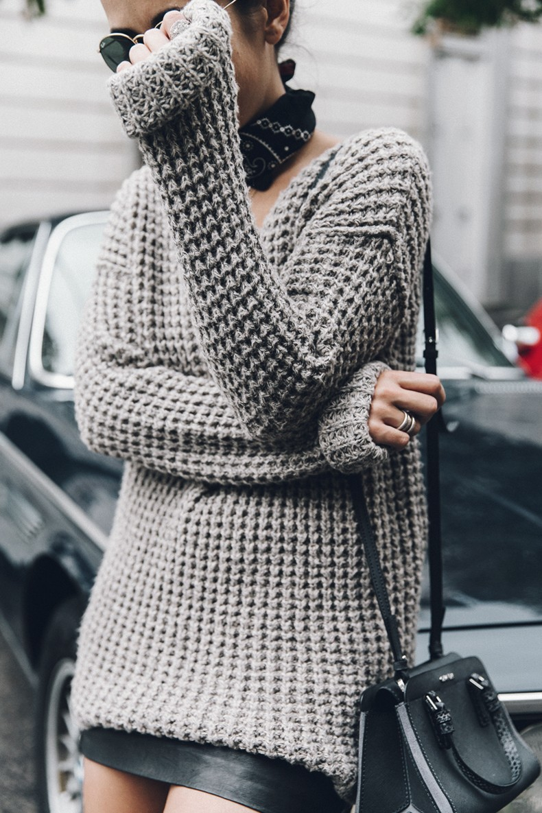 Calvin_Klein_Platinum_Sofie_Bag-Grey_Knit-Sneakers-Outfit-CK-Look_of_The_Day-Street_Style-Outfit-Bandana_Scarf-Apodemia_Necklace-65