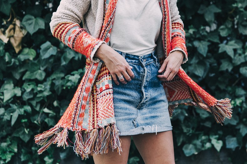Desigual-Vintage_Denim_Skirt-Isabel_Marant_Boots-Outfit-Mid_Season-Outfit-Street_Style-7