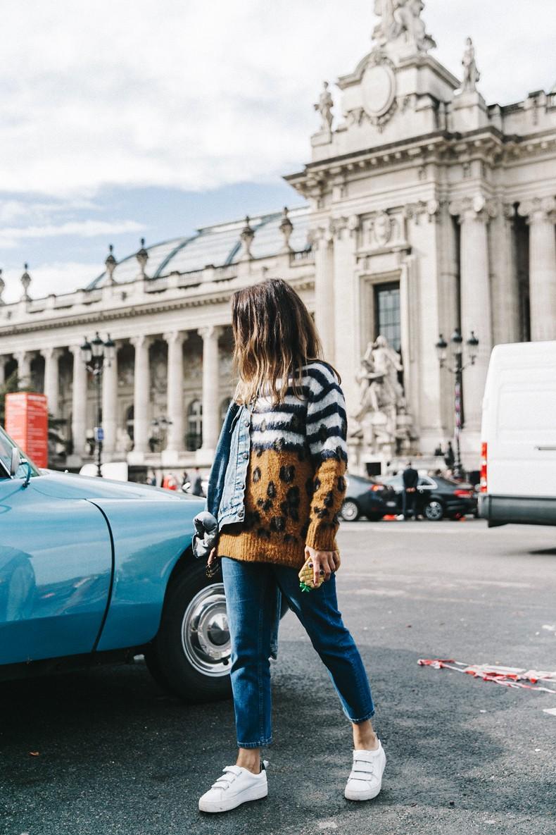 Double_Denim-Sandro_Paris-Leopard_Jumper-Sneakers-Vintage_Levis-Cropped_Trousers-Outfit-Street_Style-16