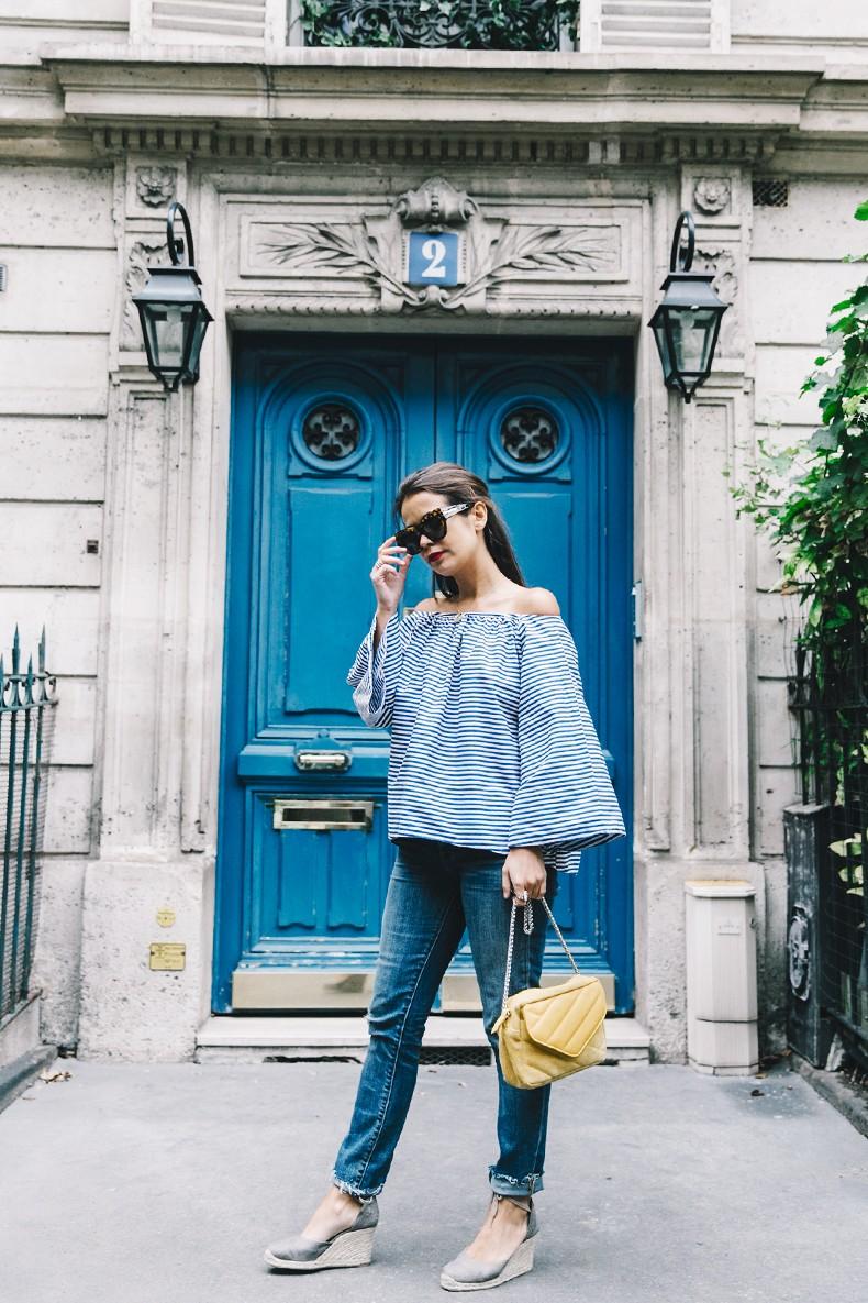Ldies_in_Levis-Serie_700-Denim-Espadrilles-Off_The_Shoulder_top-Tita_Madrid_Bag-Yellow-Outfit-Paris-711_Skinny_Jeans-15