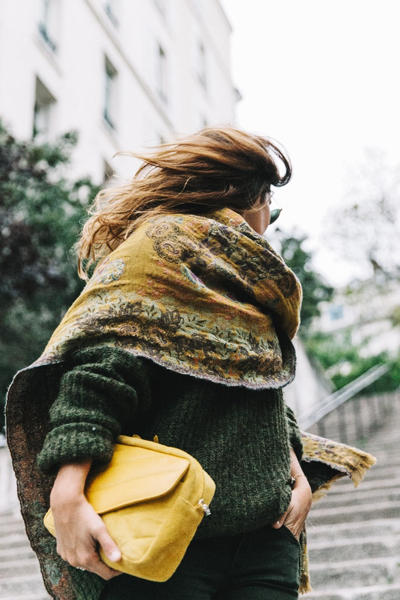 Maje_x_Minnetonka-Suede_Boots-Khaki_Outfit-Vintage_Scarf-Tita_Madrid_Bag-Yellow_Bag-Outfit-Paris-Street_style-Collage_Vintage-a31
