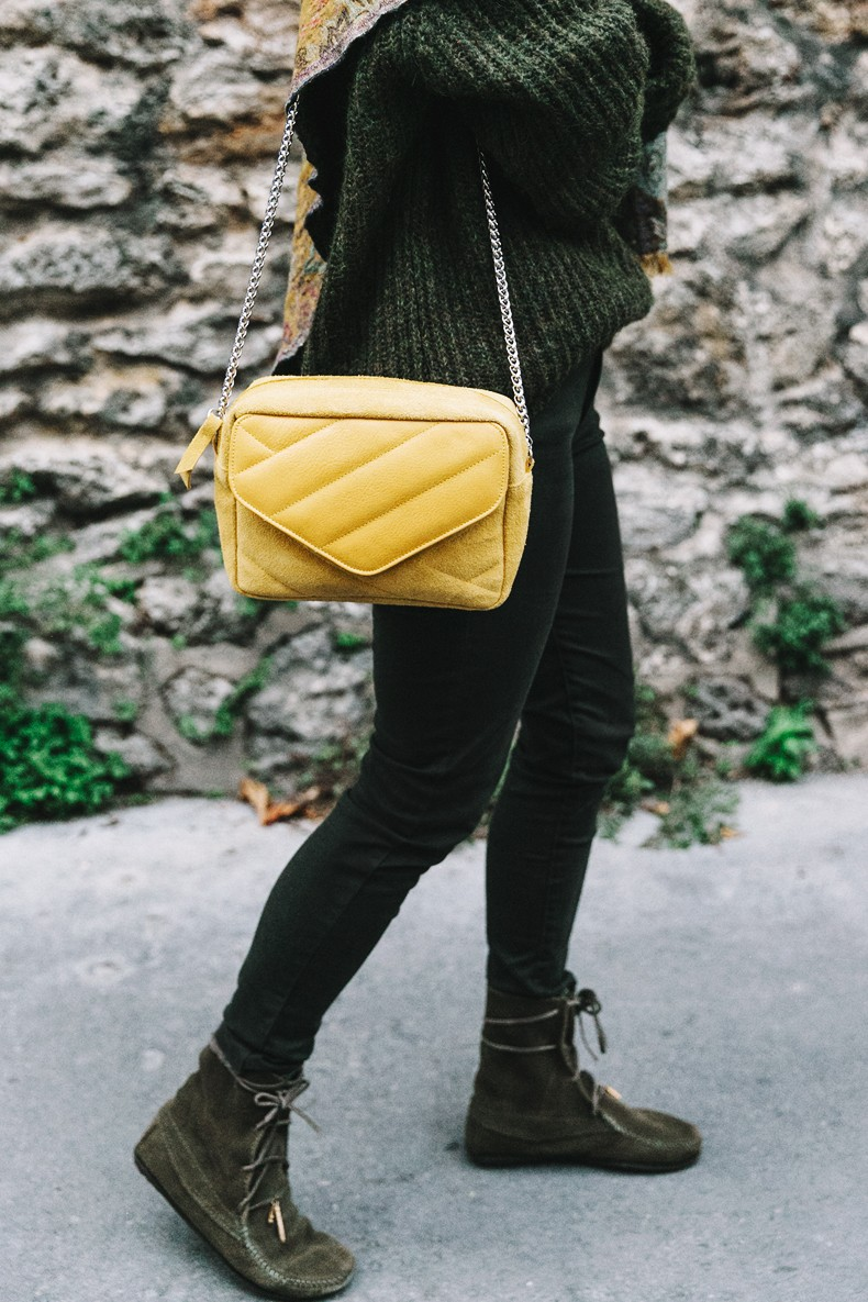 Maje_x_Minnetonka-Suede_Boots-Khaki_Outfit-Vintage_Scarf-Tita_Madrid_Bag-Yellow_Bag-Outfit-Paris-Street_style-Collage_Vintage27