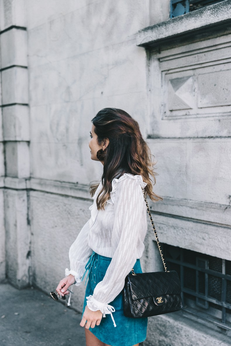 Mini_Suede_Skirt-Lace_Up_Skirt-Turquoise-Bow_Blouse-Mary_Jane_Shoes-Topshop-Outfit-Street_Style-26