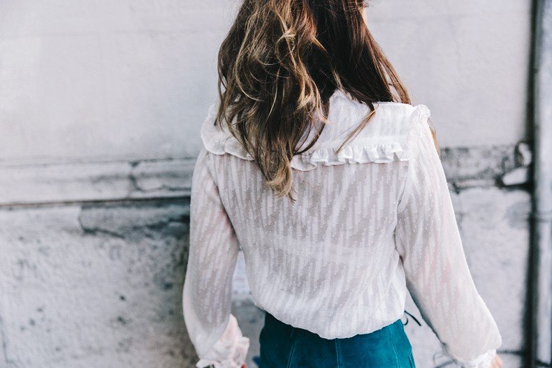 Mini_Suede_Skirt-Lace_Up_Skirt-Turquoise-Bow_Blouse-Mary_Jane_Shoes-Topshop-Outfit-Street_Style-40