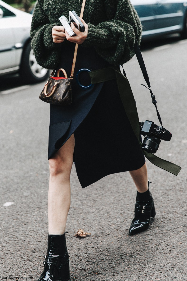 PFW-Paris_Fashion_Week-Spring_Summer_2016-Street_Style-Say_Cheese-Valentino_Spring_Summer_2016-Louis_Vuitton_Bag-
