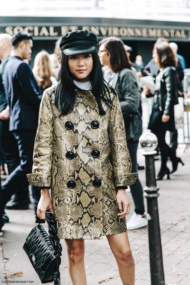 PFW-Paris_Fashion_Week-Spring_Summer_2016-Street_Style-Say_Cheese-Valentino_Spring_Summer_2016-Yoyo_Cao-Snake_Coat-Miu_Miu-Cap-
