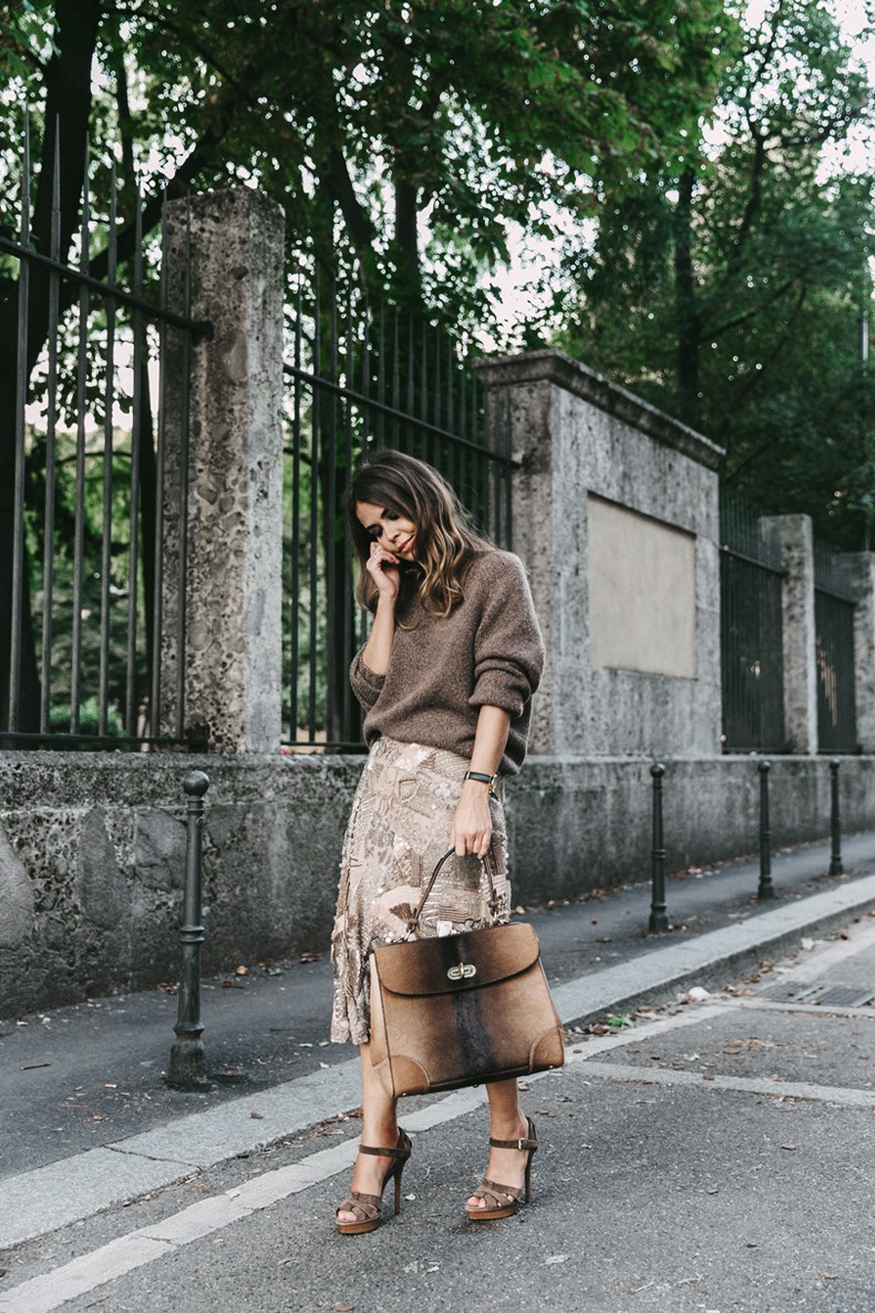 Ralph_Lauren-Sequins_Midi_Skirt-Tiffin_Bag-MFW-Milan_Fashion_Week-Outfit-14