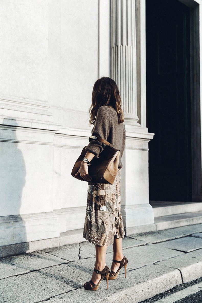 Ralph_Lauren-Sequins_Midi_Skirt-Tiffin_Bag-MFW-Milan_Fashion_Week-Outfit-37