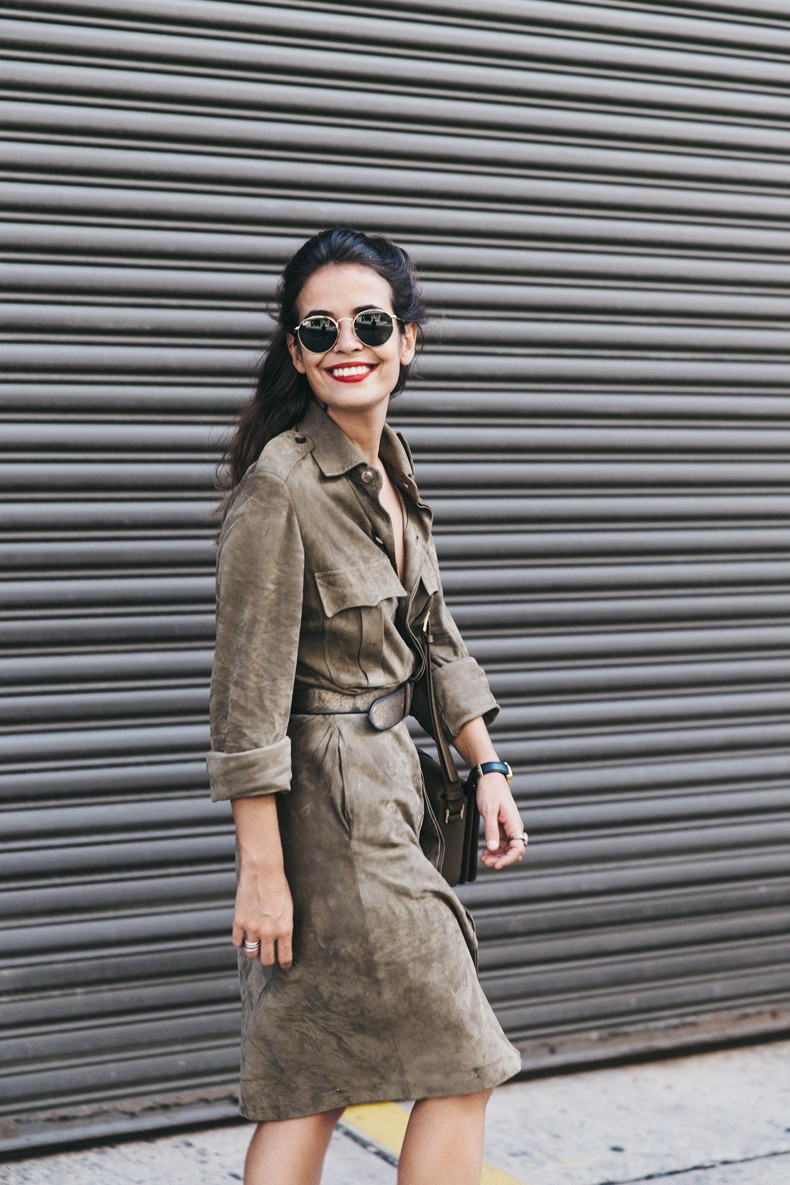 Ralph_Lauren_Spring_Summer-2016-Trench_Dress-Suede-Dress-Aquazurra-Shoes-Saint_Laurent_Bag-NYFW-New_York_Fashion_Week-13