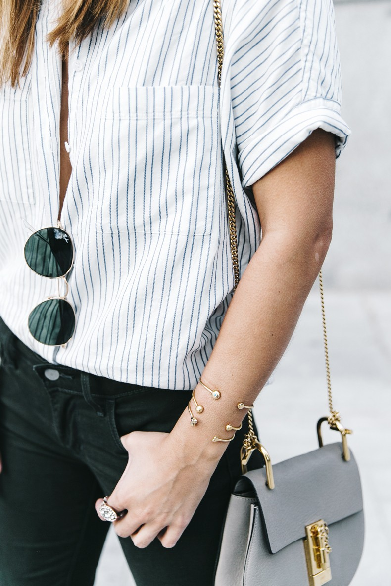 Serie_700_Levis-Ladies_In_Levis-Khaki_Jeans-Striped_Shirt-Espadrilles-Chloe_Bag-10