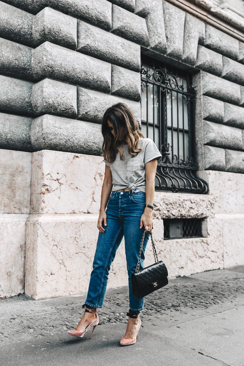 Topshop_Jeans-Jimmy_Choo_Shoes-Lace_Up-Ballerina_Heels-Grey_Top-Chanel_Vintage-Outfit-MFW-Milan-22